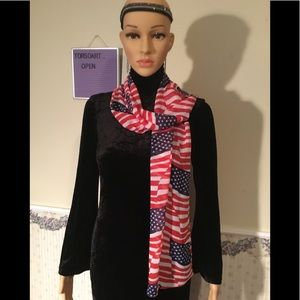 American flag USA 🇺🇸 RED, WHITE, BLUE SCARF